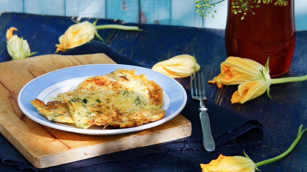 fried-stuffed-zucchini-flowers-fiori-di-zucca-fritti