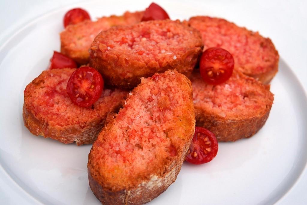 Три испански рецепти с домат, хляб с домат