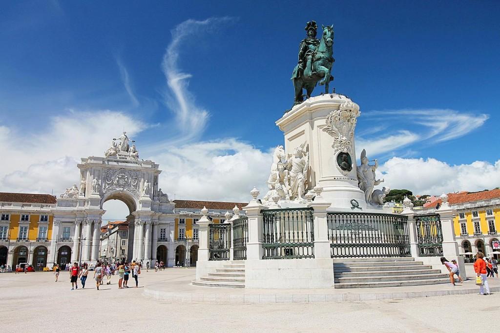 Малкият Лисабон и голямото земетресение,  Праса ду Комерсиу