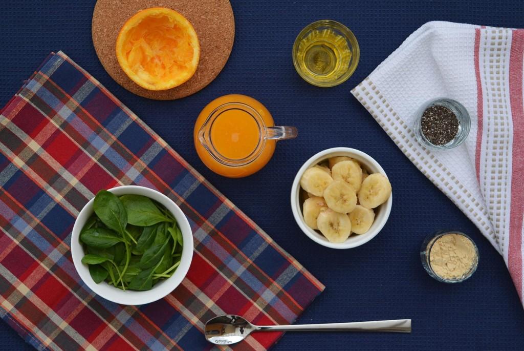 Веган смути за закуска: Спаначена наслада