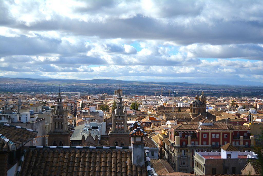 Гранада, поглед над града от квартала Албайсин