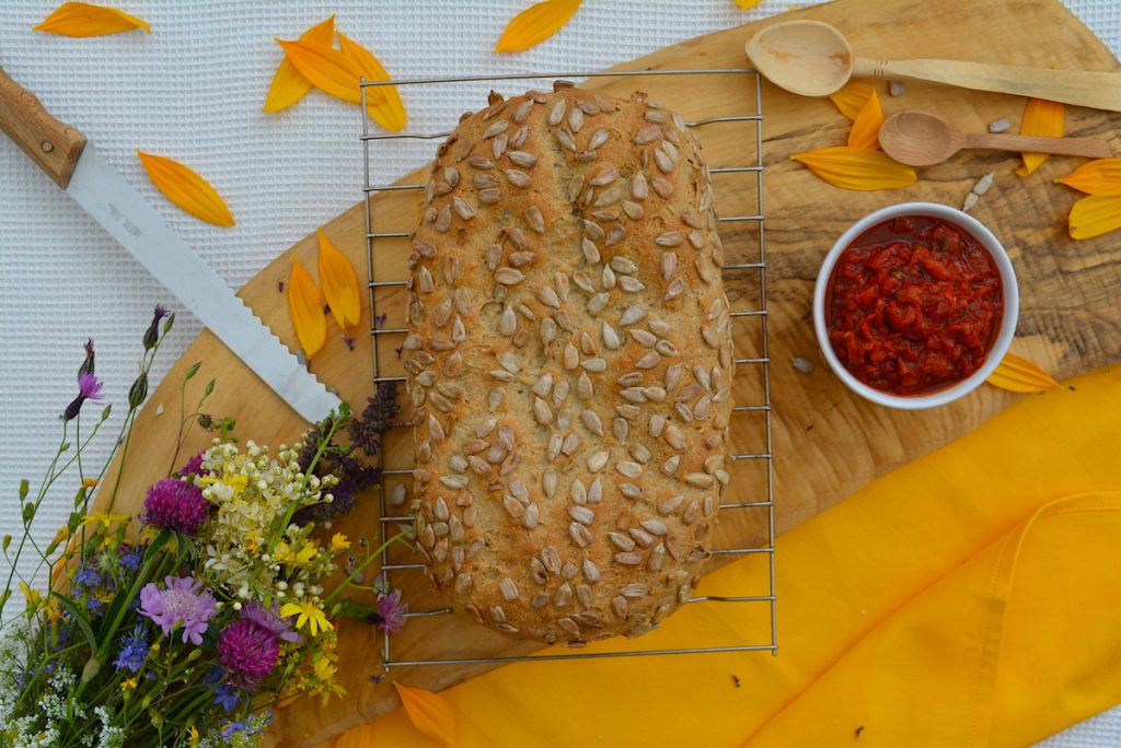 Barley bread with sunflower seeds